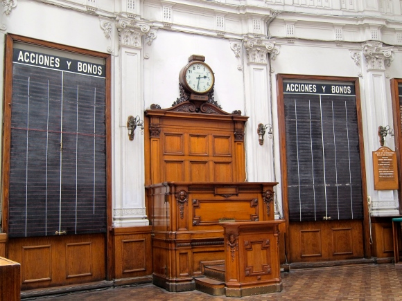 Inside the first Stock Market established in Chile